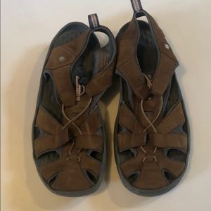 Privo sandal sneakers brown sz9 excellent cond